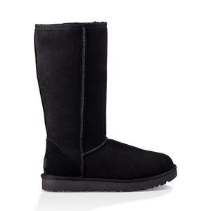 Uggs boots black